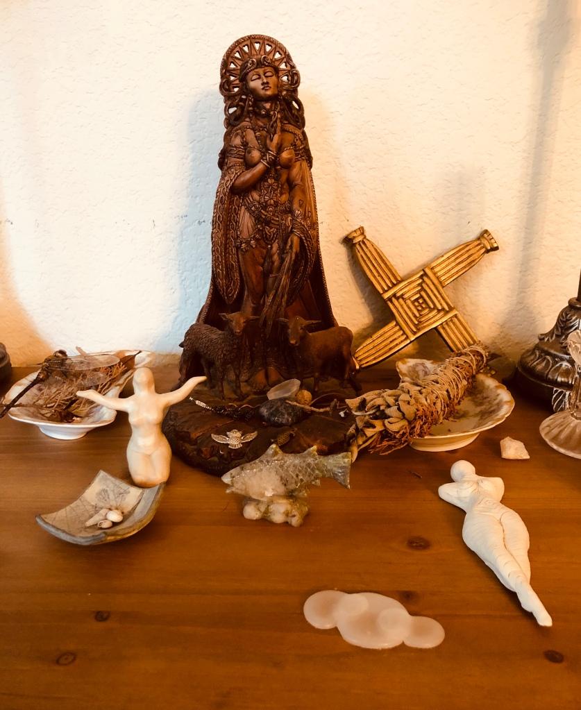 Suna's altar